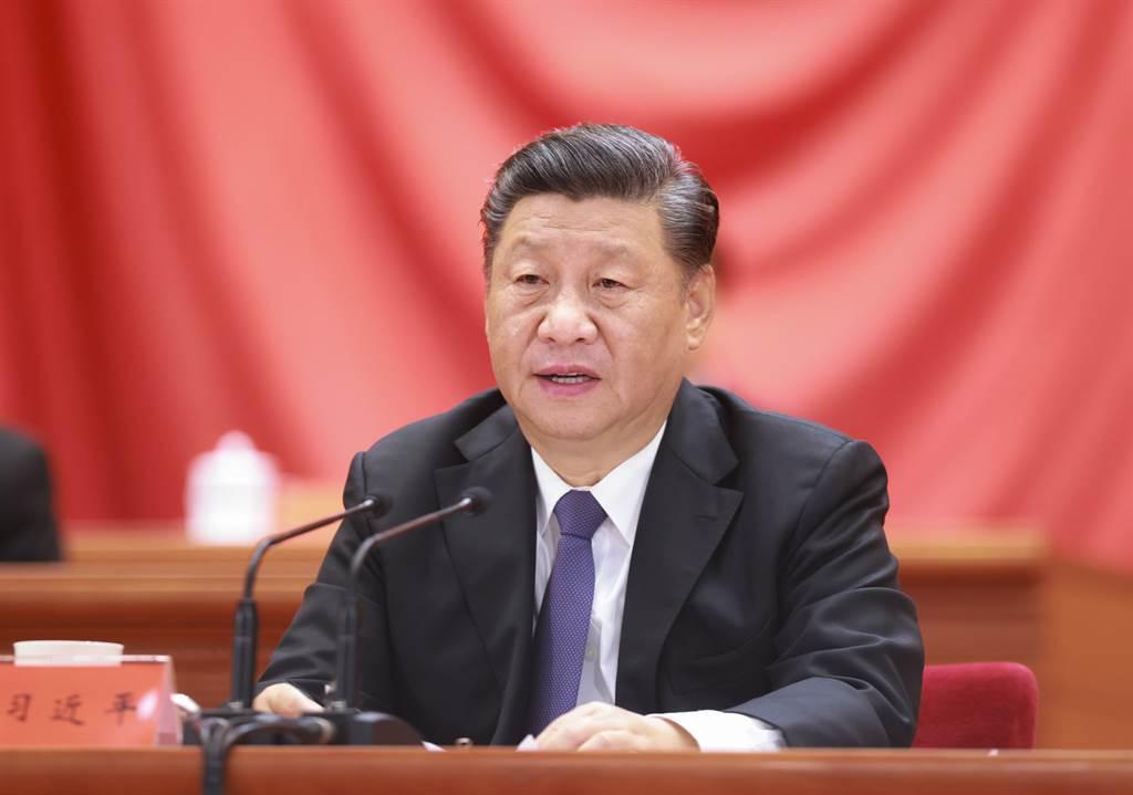 習近平在抗美援朝70周年紀念大會上說,「中國人民已經組織起來了,是惹不得的。如果惹翻了,是不好辦的」,此一講辭被大量外媒引用報導。(圖/新華社)