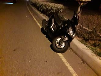 男騎士酒駕上路 深夜台1線過彎自撞分隔島身亡