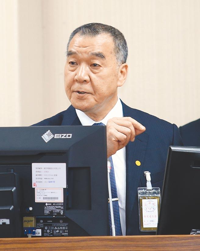 國安局長邱國正29日在立法院表示,國安局內部界定中天換照案為議題討論,因此沒有派員參加。(姚志平攝)