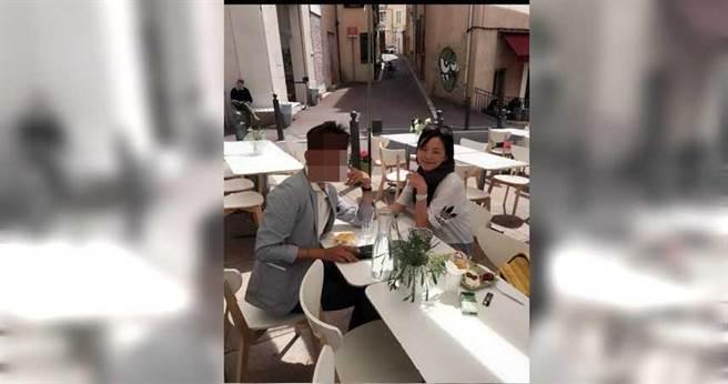 今年48歲的貴婦謝曉華曾與友人到歐洲等地旅遊,日子過得相當滋潤。(圖/翻攝謝女臉書)。