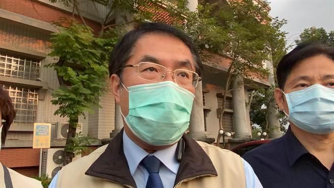 台南市長黃偉哲表示,各界質疑警方到底有無吃案?警方如果吃案,怎可能在6小時內破案?。(曹婷婷攝)