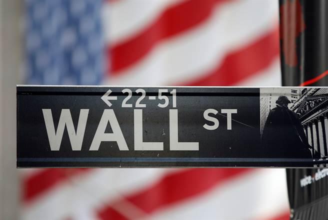 華爾街金融家指出,川普缺乏穩建的財政金融政策,華爾街很難進行中長期資本分配與投資。(圖/路透)