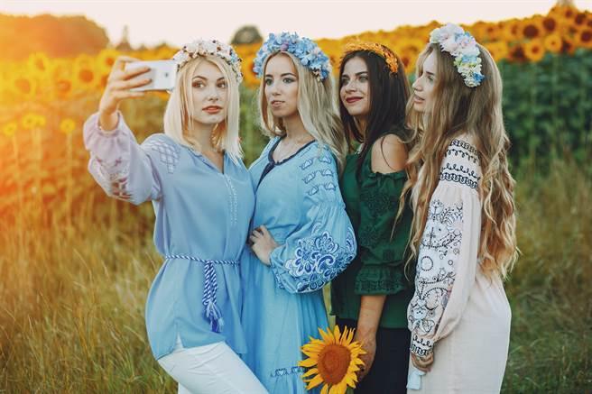 烏克蘭新娘仙氣爆表好想娶?老司機淚揭黑幕(示意圖/達志影像)