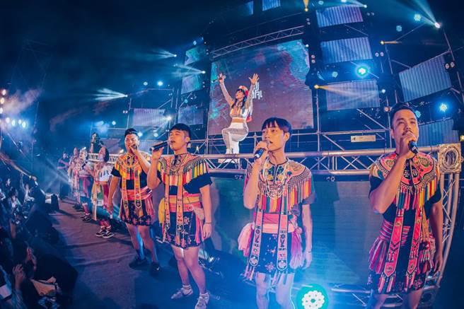 由台東縣政府首次舉辦的「電‧到底-2020不夜山海電子音樂祭」,歷經3個多月,終於在台東美術館公開屬於台東最美麗的聲音。(台東縣政府提供/蔡旻妤台東傳真)