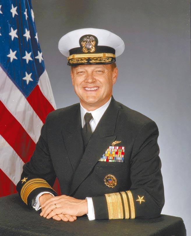 美國海軍退役四星上將詹姆斯‧艾理斯(James O. Ellis, Jr.)。(取自美國海軍歷史與遺產指揮部)