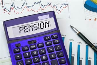 統計:年長獨居已漸成常態  專家:退休靠保險更勝勞保、勞退給付
