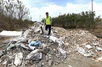 海線廢棄物案送檢調卻繼續倒 市議員批:把政府當塑膠?