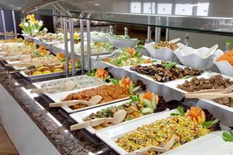 自助餐為何都這麼貴?老饕曝「關鍵菜色」:錢包不夠深別夾