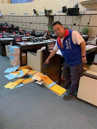 台南市議會審自家預算清點人數不足散會 藍綠會後互控
