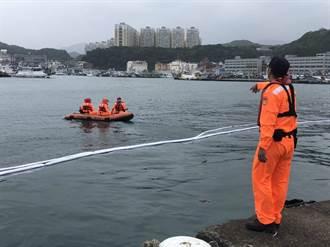 八斗子工作船沉港中 疑似船體破洞
