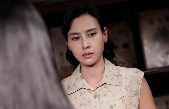 房思瑜在《返校》影集飾演原作裡經典角色「殷翠涵」。(公視提供)