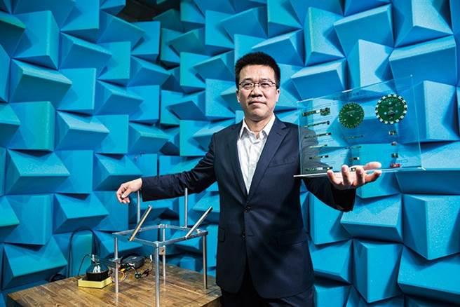 鈺太MEMS雙跨PS5、TWS,成長動能強勁。圖為鈺太董事長邱景宏。(攝影/陳弘岱)