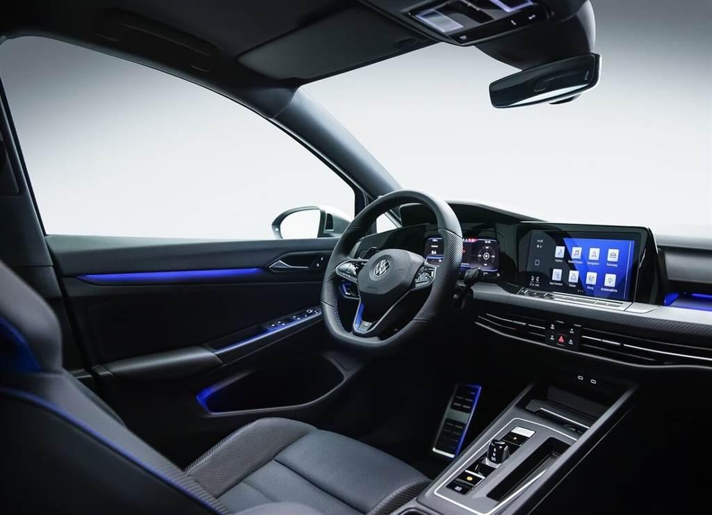 Volkswagen新世代Golf R亮相 並發佈一支8分鐘「任務」短片