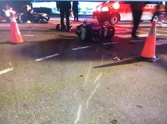 中市路口兩機車發生碰撞 機車零件四散傷者無大礙