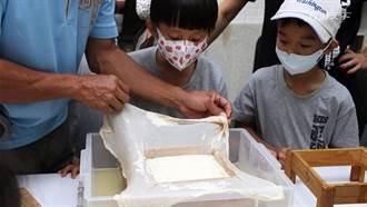 跟著迴鄉阿伯走訪農場DIY自製鹽滷豆腐 在海風吹拂下享用清爽有機蔬食