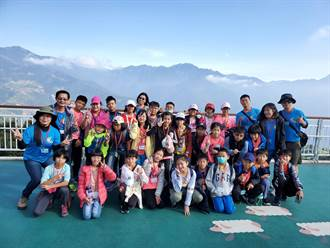 登山網紅三條魚帶路 5國小學童單攻合歡主峰