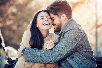 11月桃花滿開生肖TOP4 單身遇好對象 有伴感情更穩固