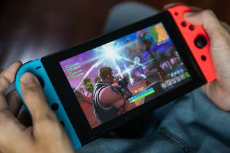 任天堂Switch預期銷量大幅上調500萬部 日美股價應聲暴漲