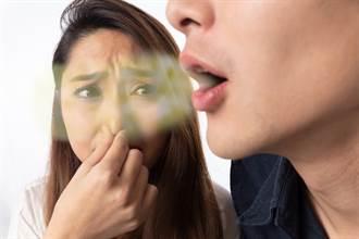 男張嘴就飄腐臭味 他憂心胃出問題 醫一看:肝臟纖維化