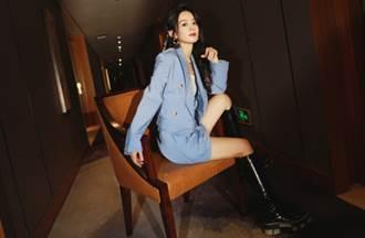 趙麗穎最強示範BABY藍西裝 清新穿搭秒變身甜酷女孩