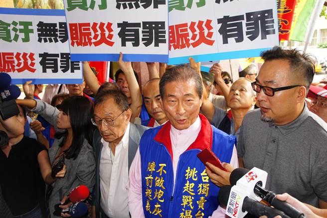 統促黨總裁張安樂花蓮地震賑災款被檢舉違反政治獻金法,北檢偵查後不起訴處分。(本報資料照片)