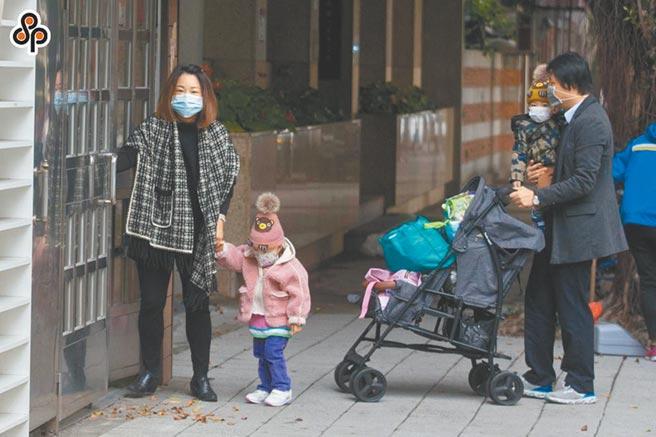 台北市議員游淑慧去年5月提案在托嬰中心加裝「雲端視訊系統」,讓家長可隨時關心小孩狀況,結果市府至今毫無動作。(本報資料照片)