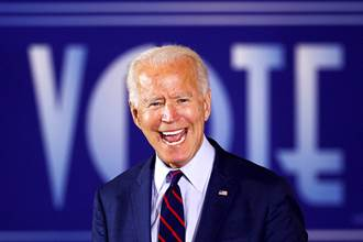 拜登勝選秒改推特自我介紹 承諾成為全美國人民的總統