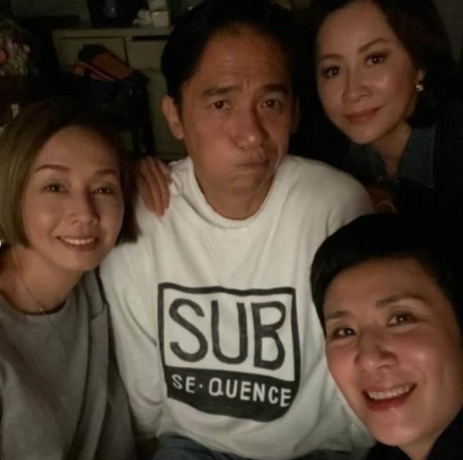 梁朝偉和「3老婆」再次聚首。(圖/翻攝自IG)