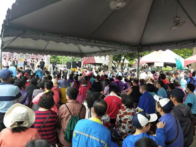 台中市大雅小麥麵食文化節吸引大批民眾共襄盛舉。(陳淑娥攝)