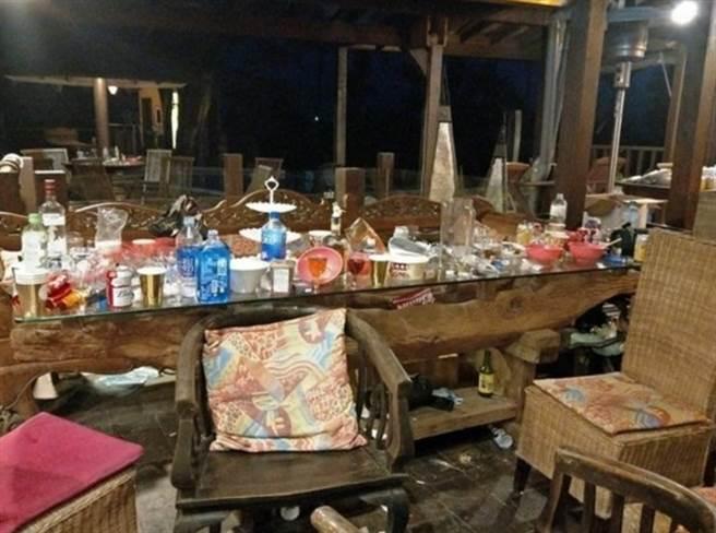 日月潭民宿遭奧客破壞,現場杯盤狼藉、垃圾滿地。(翻攝臉書)