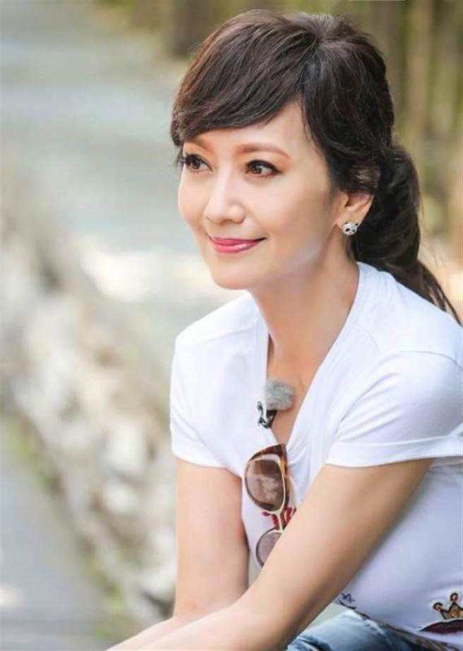 保養得宜的趙雅芝 被網友稱為不老女神 (圖/ 翻攝自網路)