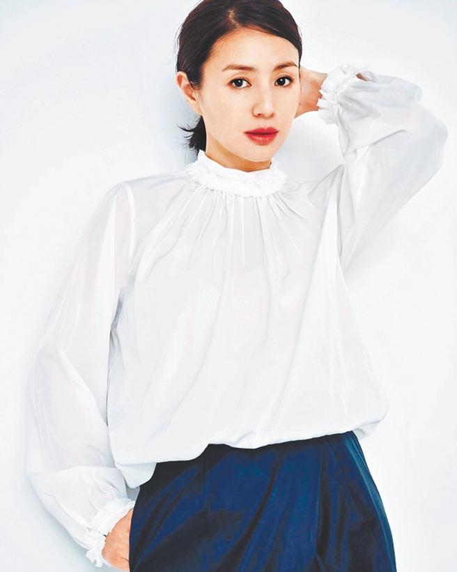 井川遥自模特出身,近年演技实力备受瞩目。(摘自IG)