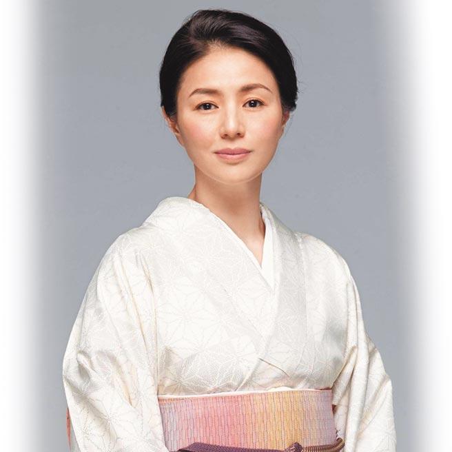 井川遥在《半泽直树》续篇中优雅和服扮相令观眾惊艳。(摘自IG)
