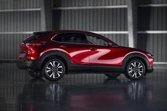 MAZDA CX-30榮獲「2020~2021日本自動車殿堂最佳設計大賞Car Design of the Year」
