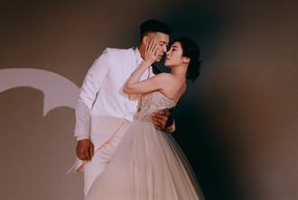 KIMIKO屏東百年教堂幸福完婚 與尪互許感人誓言