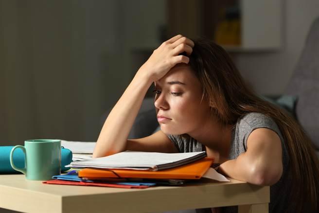 大學讀什麼最無聊?最多人點名2科系:都是為了錢啦。(讀書示意圖 達志)