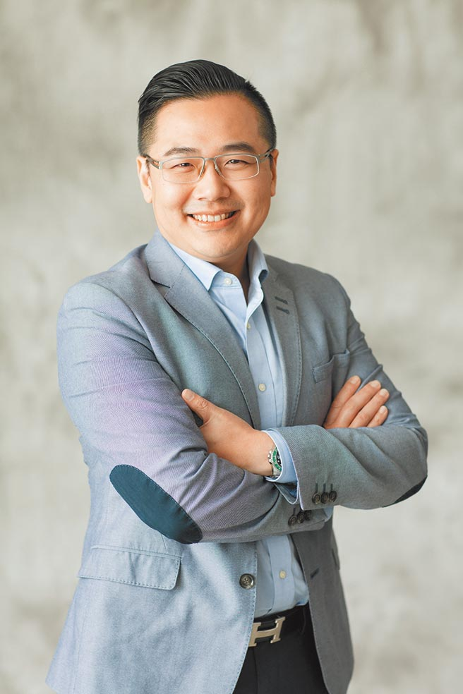 Yahoo奇摩購物事業群副總裁蔡伯璟。