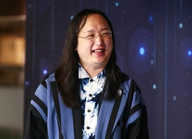 網友爆料唐鳳「製作新聞一條龍」。(中時資料照)