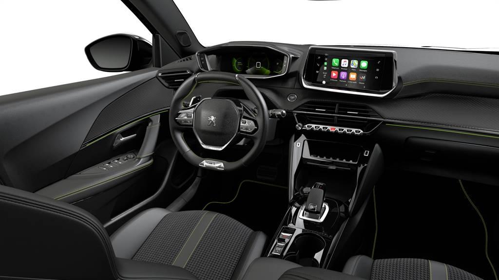 2008內裝以i-Cockpit® 3D駕駛導向操作介面思維設計。