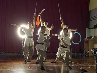 台南學生傳統藝術比賽14日登場 黃偉哲率藝陣拍宣傳片