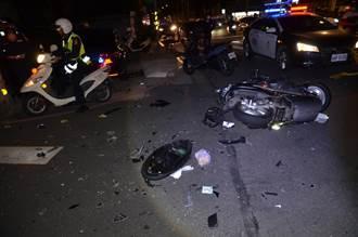 士林嚴重車禍 休旅車急掉頭 撞飛機車騎士無生命跡象