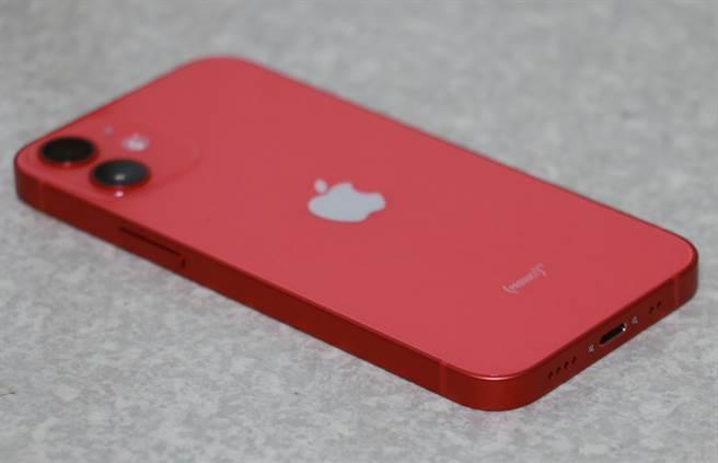 iPhone 12 mini右側機身。(摘自蘋果官網)