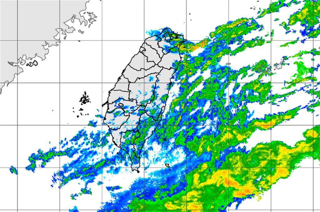 颱風中高層水氣移入,明起全台有雨,天氣不穩定。(中央氣象局提供)