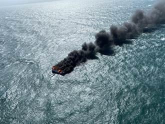苗栗外海火燒船 5人跳海逃生幸運獲救