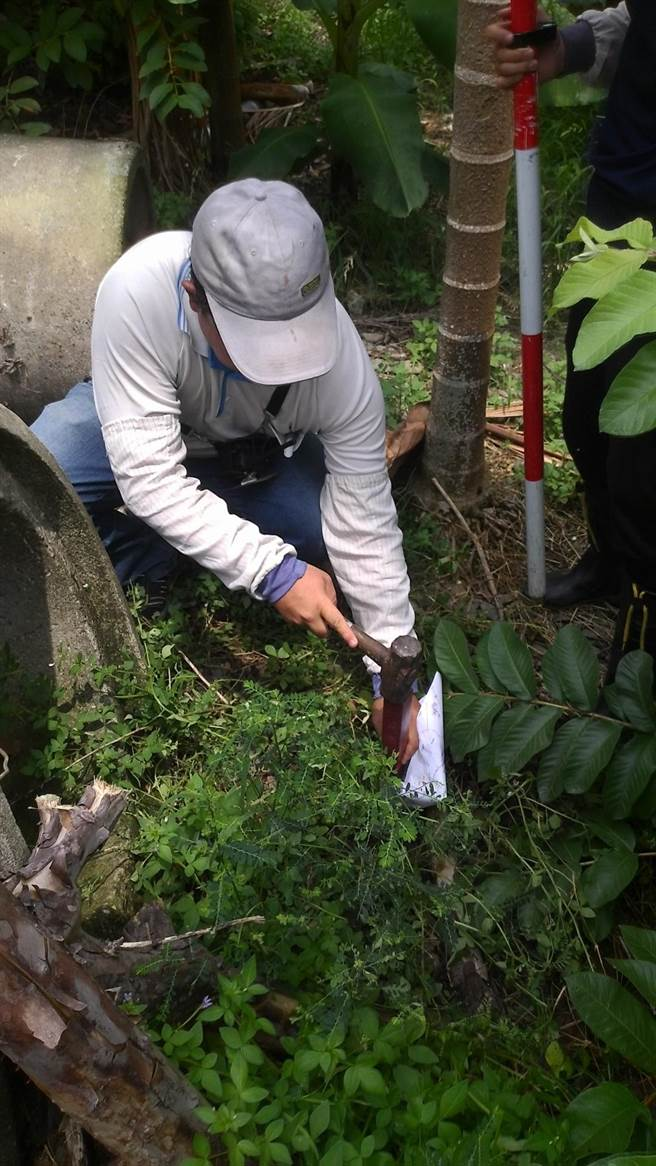 測量員常需進入山區工作,環境暗藏風險。圖與新聞無關。(屏縣府提供/林和生屏東傳真)