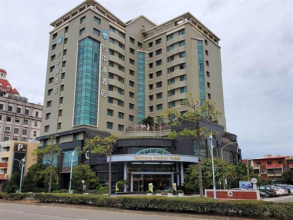 華城 EVALUE 前進中區:台中港酒店設置三座 7kW 充電樁,每度收費 6.5 元