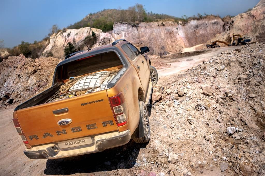 不論是Ford Ranger車主或是整體皮卡車主,均有52%在意「後斗裝載能力與空間」此項皮卡難以被取代的多功應用。