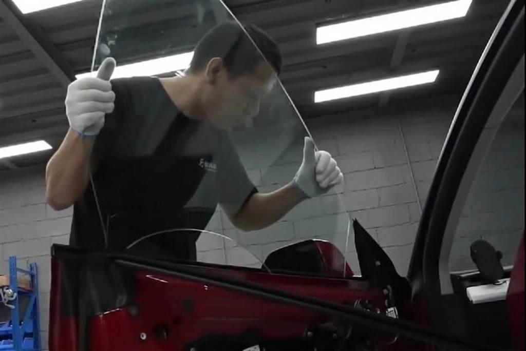 隔音只好一點點?Model 3 單層 vs. 雙層玻璃改裝測試