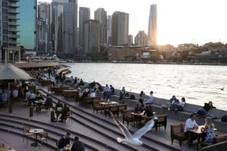 澳洲宣布仍禁止外籍生入境 金雞母回不來大學哭哭