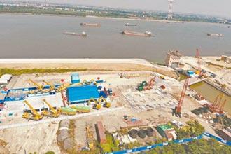 廣東省跨度最大斜拉橋 中山開建